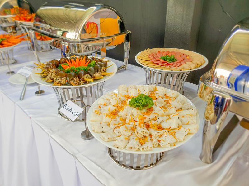 Dịch vụ đặt tiệc buffet Hai Thụy catering – chất lượng hơn cả sự mong đợi
