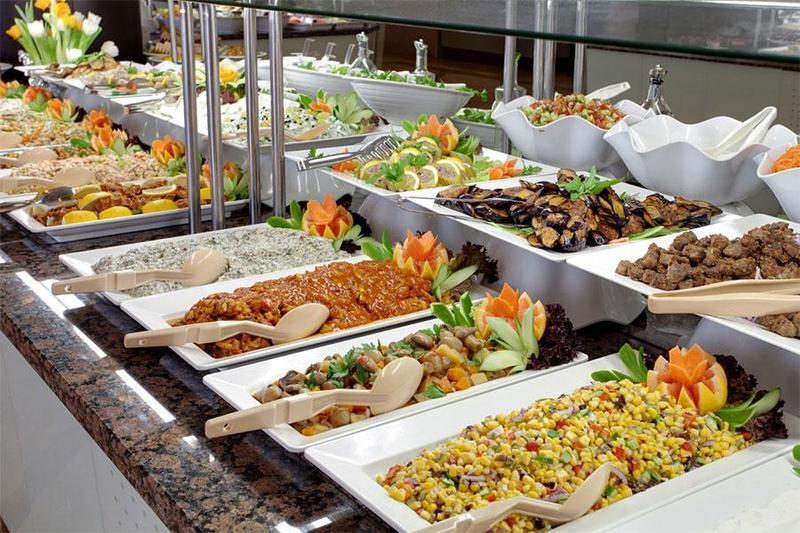 Gợi ý các món ăn ngon mê ly cho thực đơn tiệc buffet