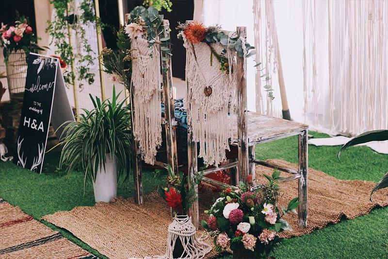 Bật mí các bước trang trí tiệc cưới outside theo phong cách Bohemian đúng chuẩn