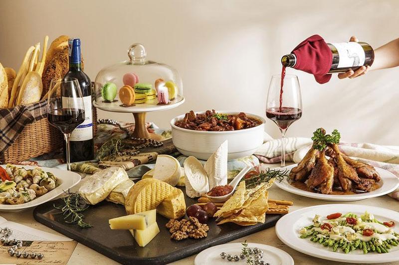 Điểm danh những đồ dùng không thể thiếu khi tổ chức tiệc buffet tại nhà
