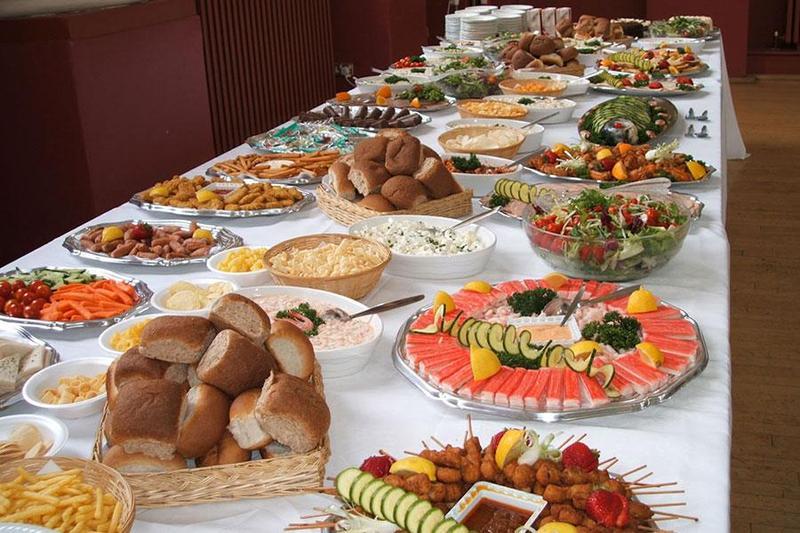 Đặt tiệc buffet – lựa chọn mới cho các cặp đôi
