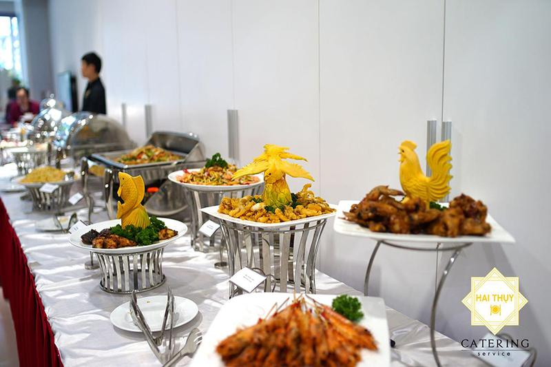Đặt tiệc Buffet cùng Hai Thụy Catering
