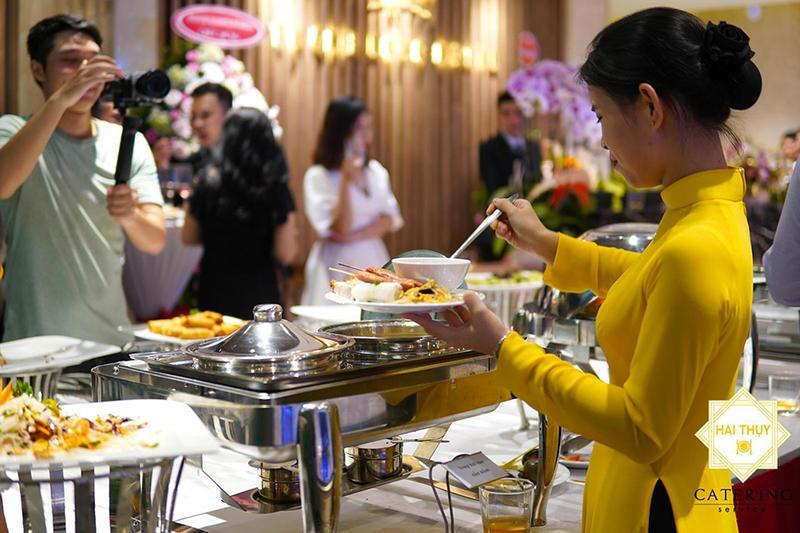 Khám phá những lợi ích khi đặt tiệc buffet quận 10 mà có thể bạn chưa biết