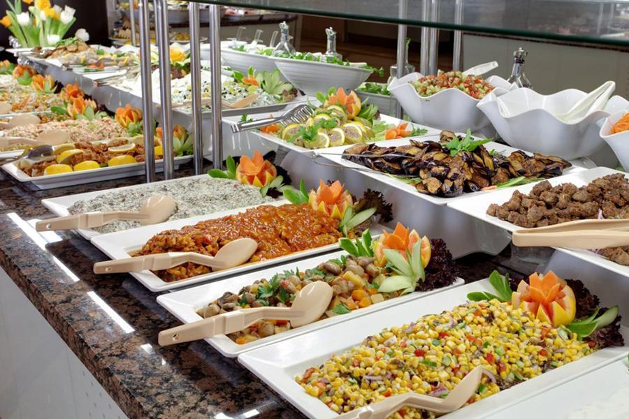 Đặt tiệc Buffet quận Bình Thạnh - Khám phá các loại Buffet ngon ở Sài Gòn