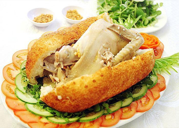 Nấu cỗ tại nhà quận 4 – Tuyệt chiêu làm món gà bó xôi cực ngon